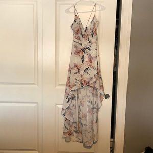 High low white floral dress size L. Luxxel.